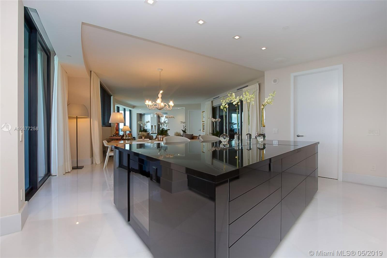 18555 Collins ave-4605 sunny-isles-beach-fl-33160-a10677258-Pic17