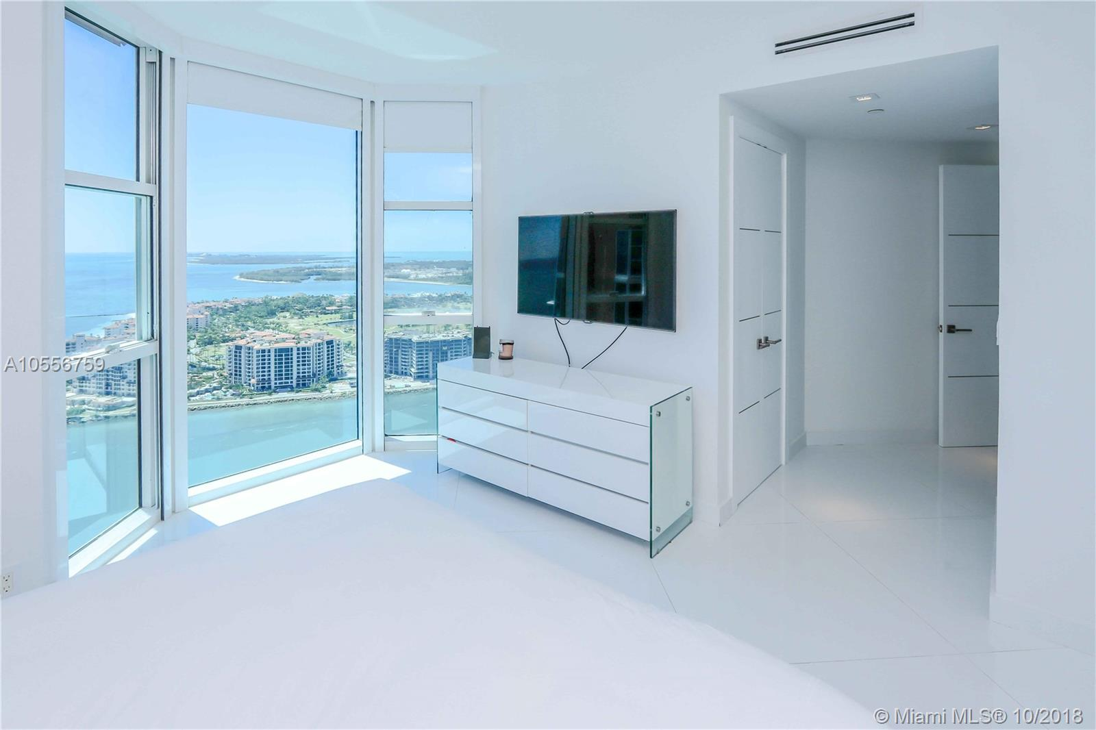 S Pointe Dr Lph Miami Beach Fl
