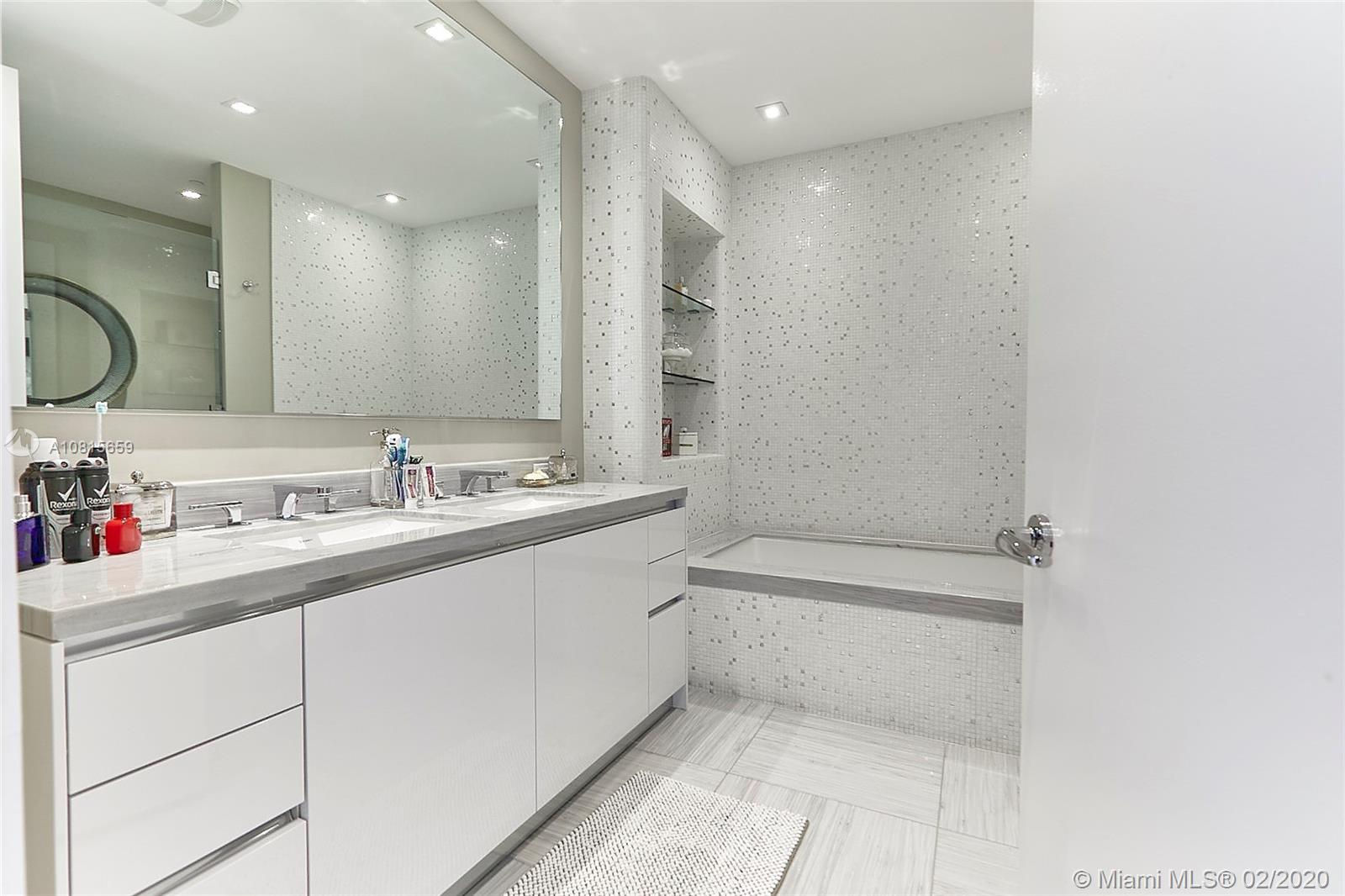 16901 Collins ave-502 sunny-isles-beach-fl-33160-a10815659-Pic19