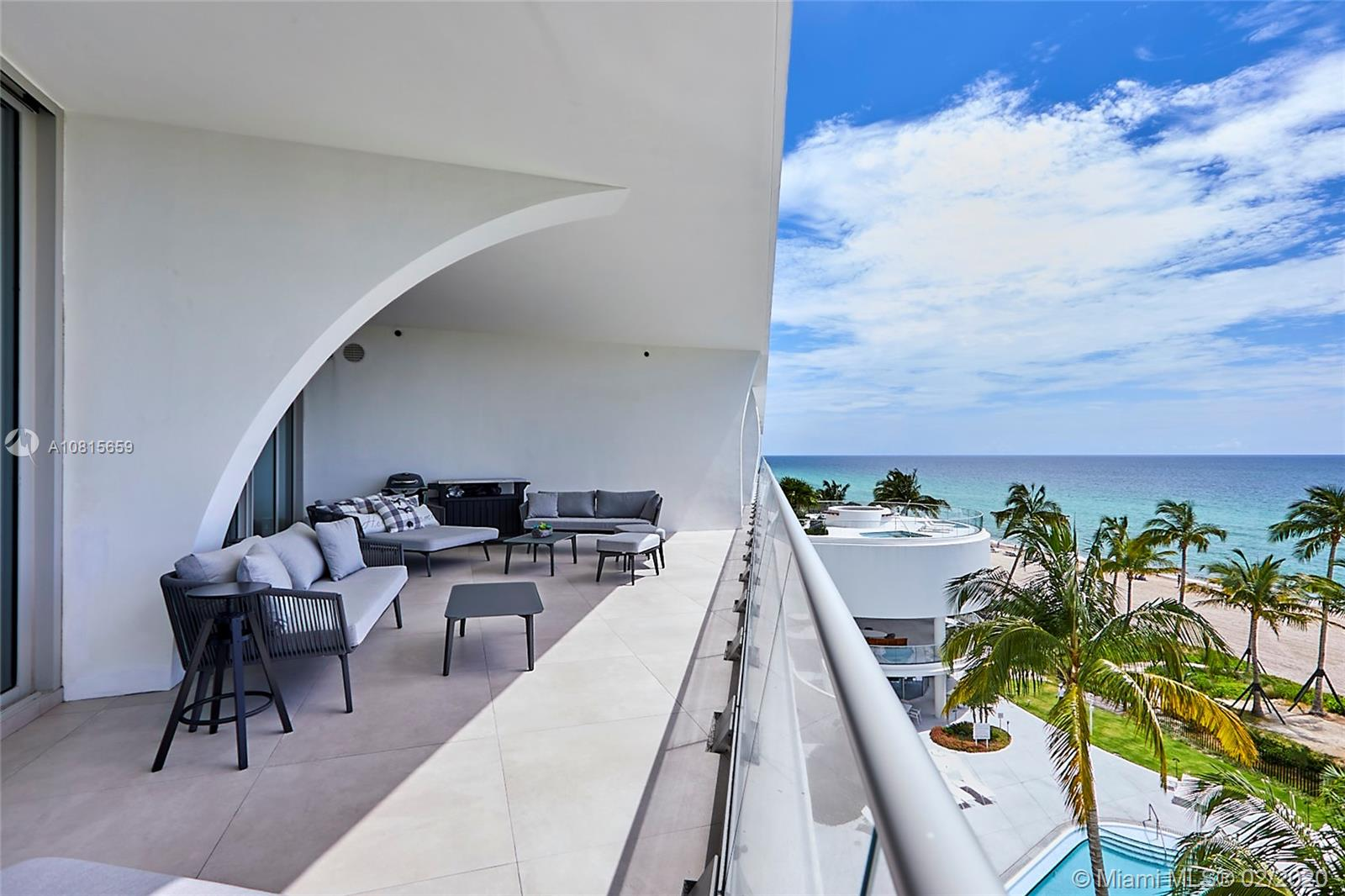 16901 Collins ave-502 sunny-isles-beach-fl-33160-a10815659-Pic02