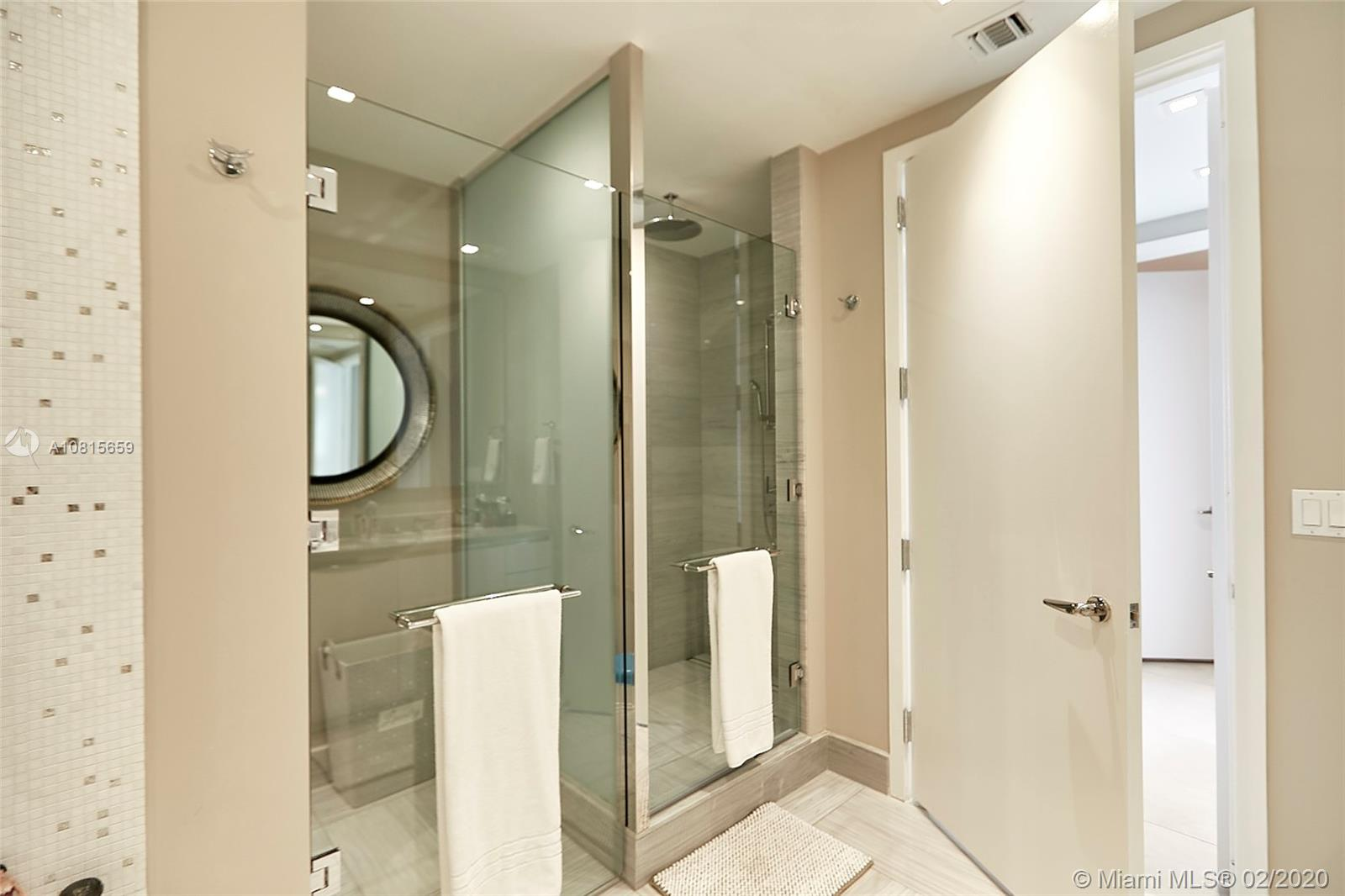 16901 Collins ave-502 sunny-isles-beach-fl-33160-a10815659-Pic20