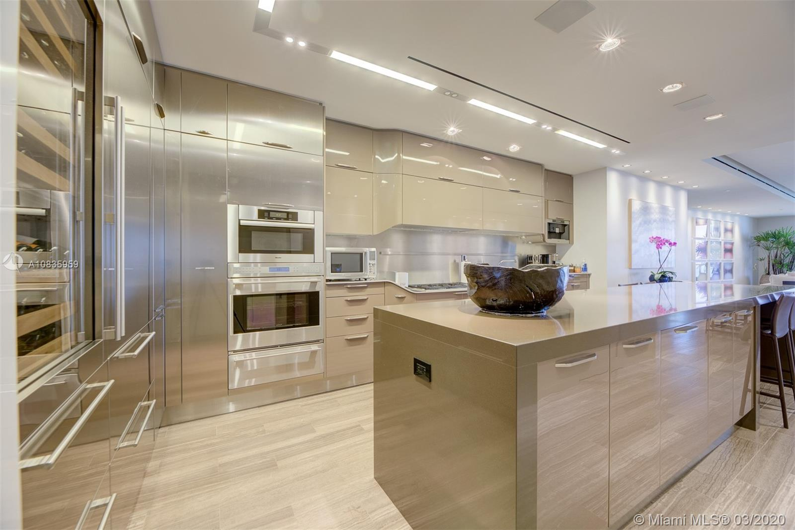 9701 Collins ave-2204S bal-harbour-fl-33154-a10835959-Pic18
