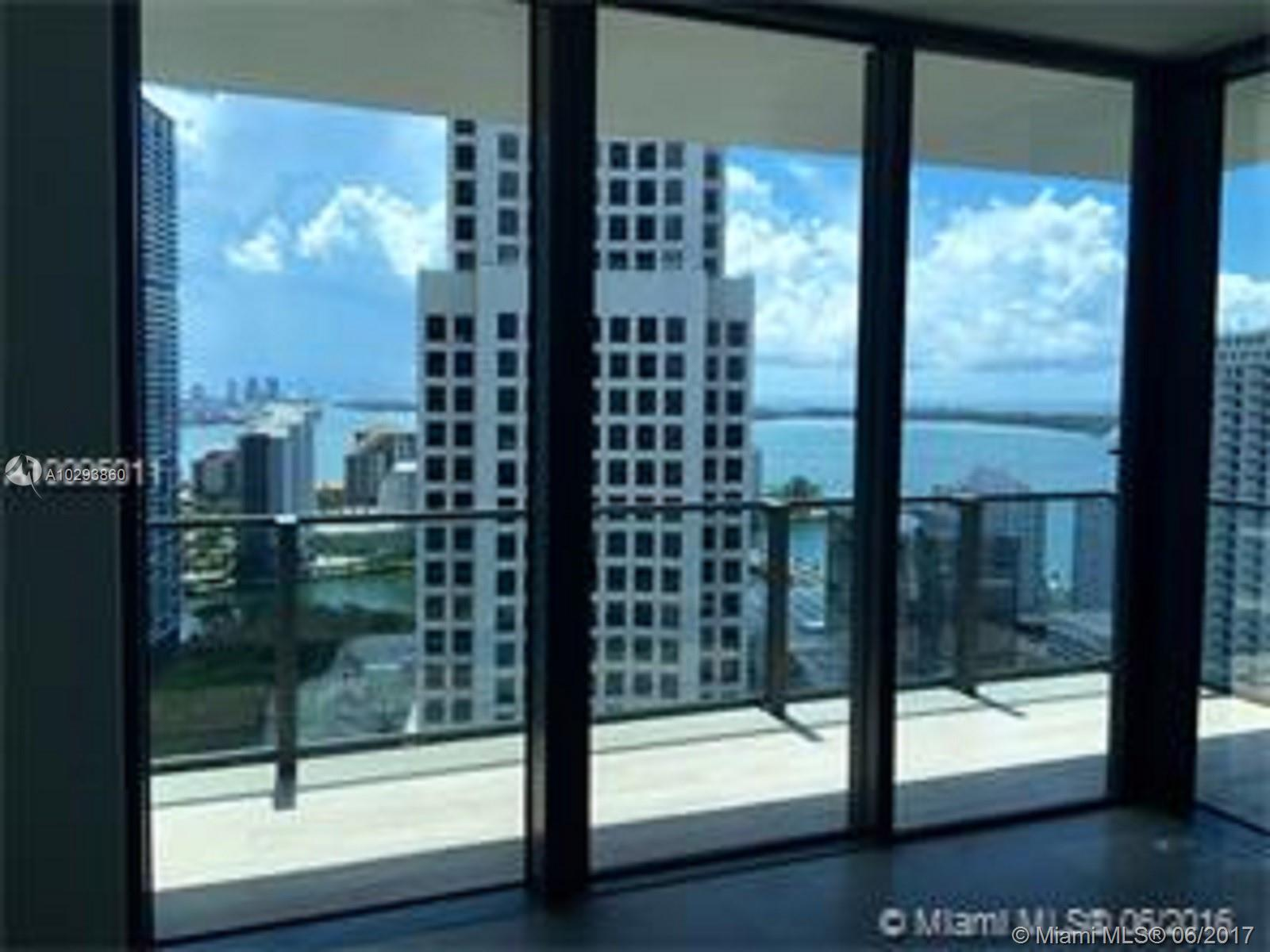 68 6th st-2605 miami--fl-33131-a10293860-Pic02