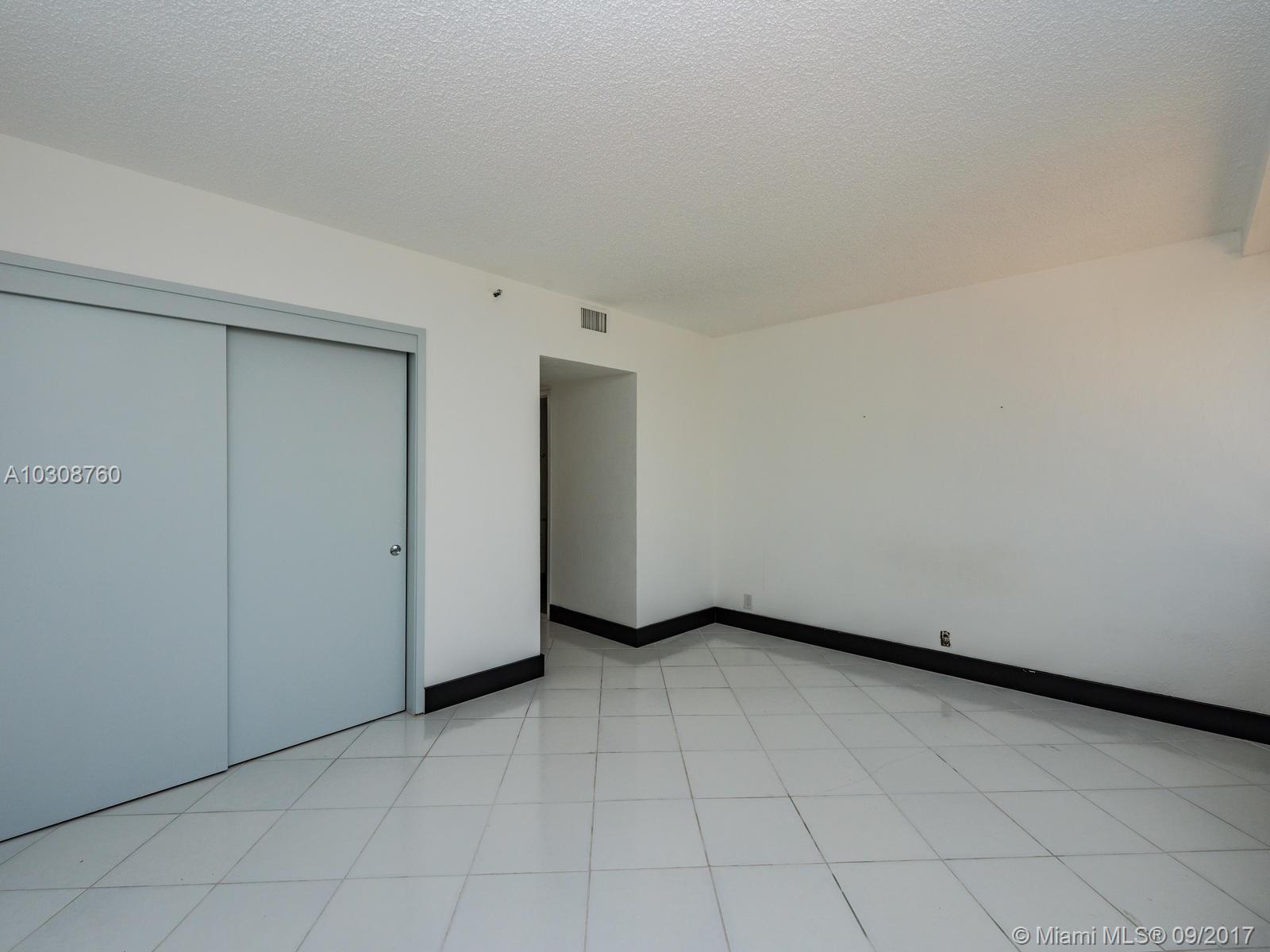 1541 Brickell Ave # A2201, Miami , FL 33129
