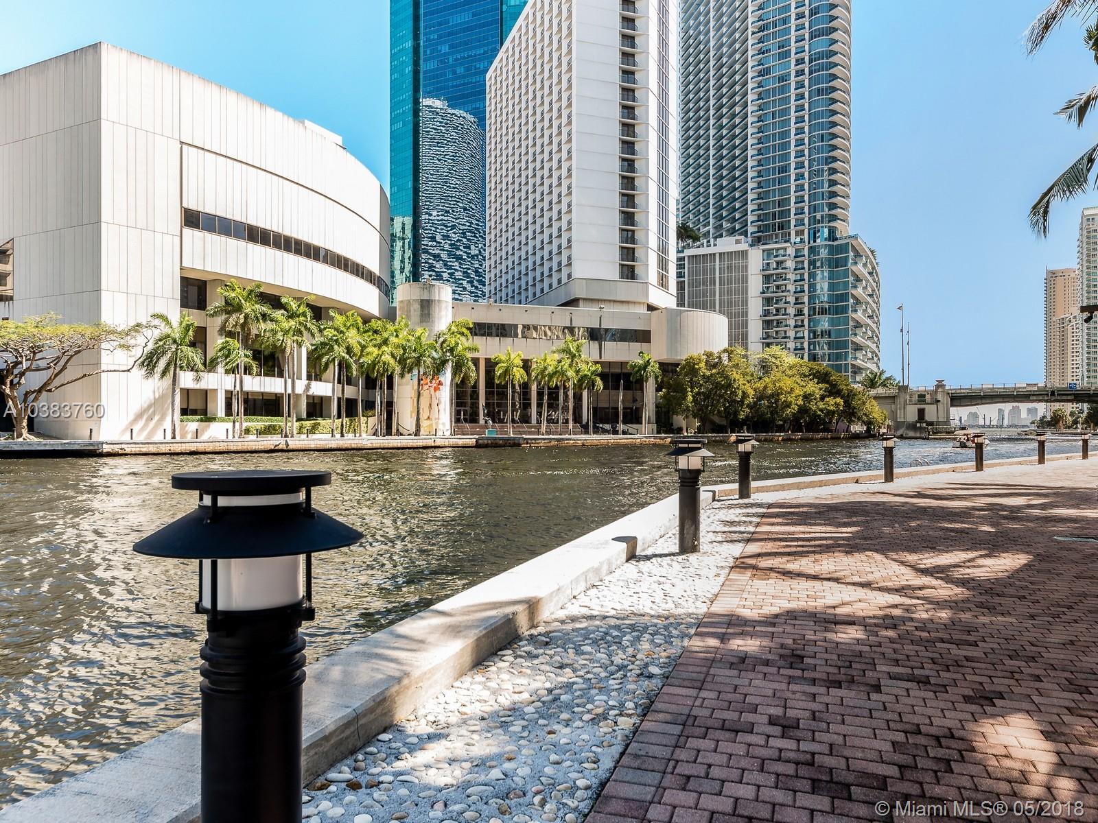 31 SE 5th St # 3615, Miami , FL 33131