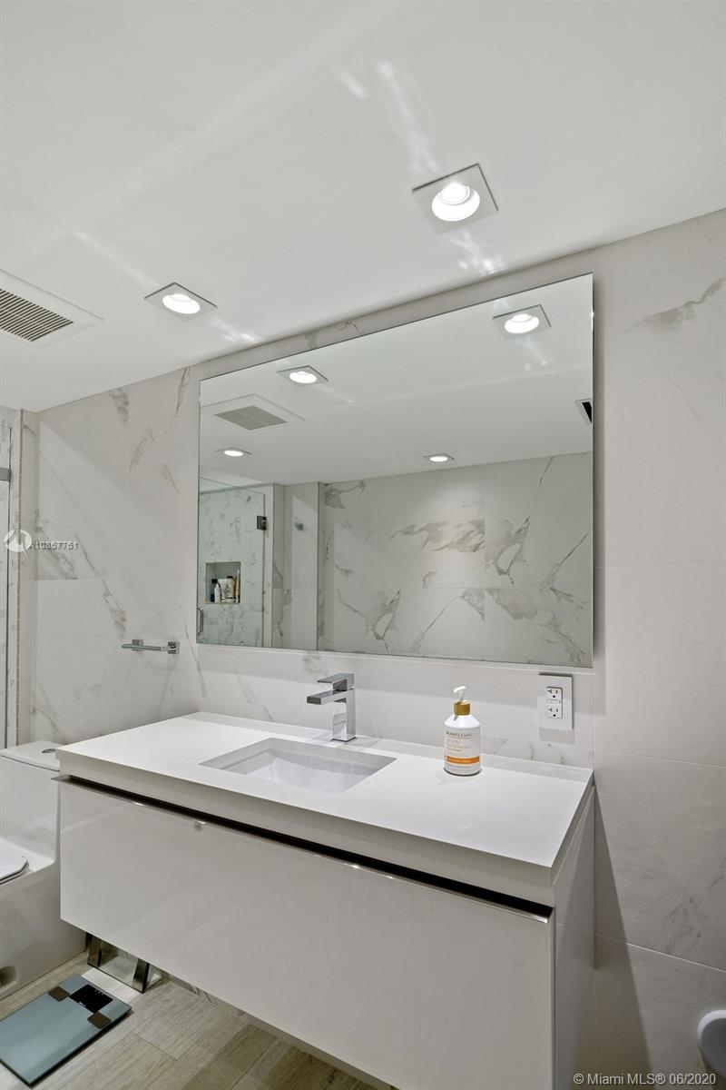 2301 Collins ave-1523-24 miami-beach-fl-33139-a10867761-Pic14