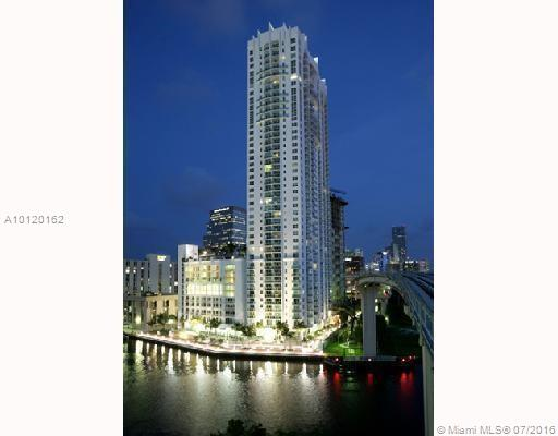 Brickell On The River South
