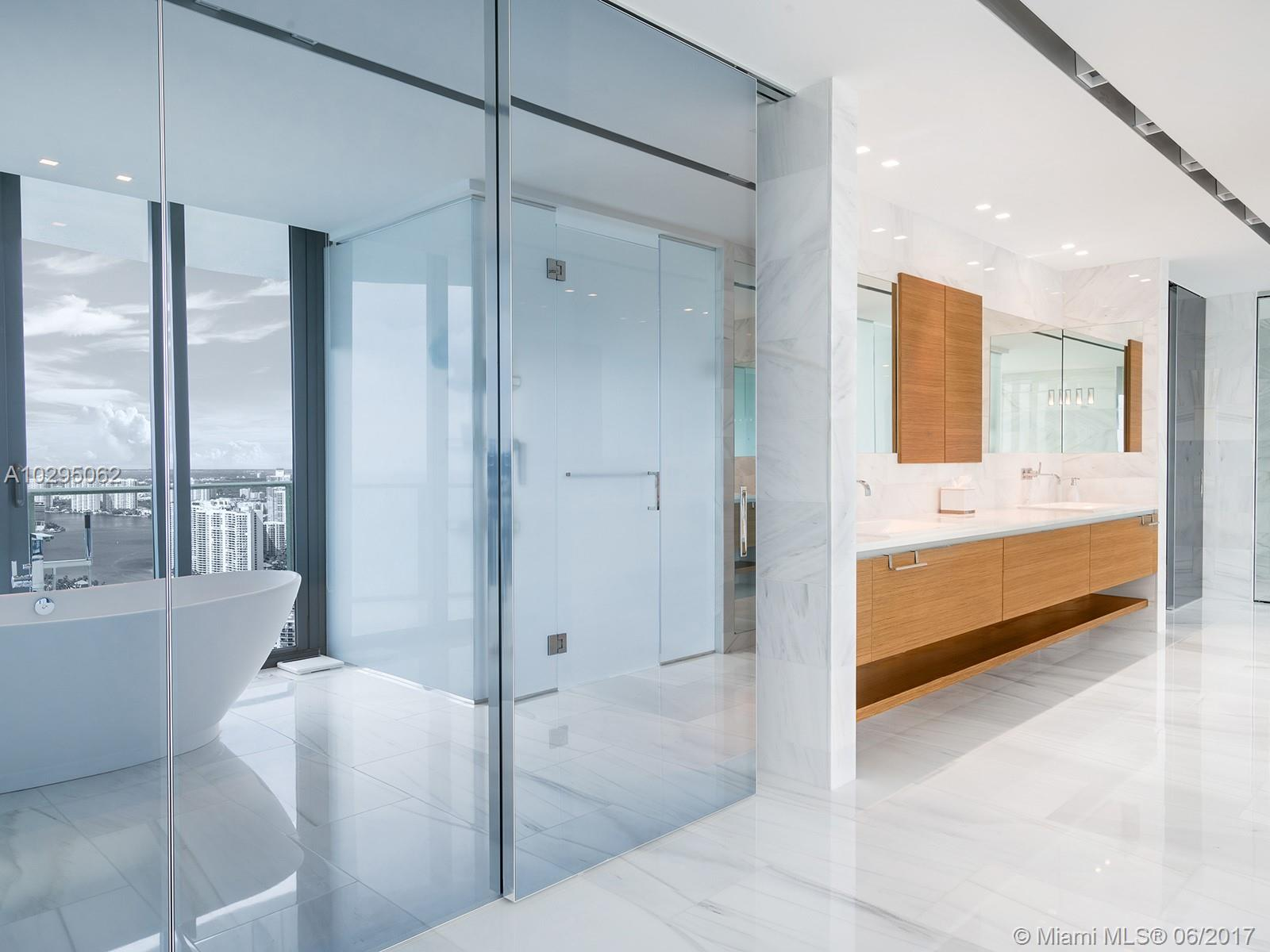 19575 Collins ave-42 sunny-isles-beach-fl-33160-a10295062-Pic15