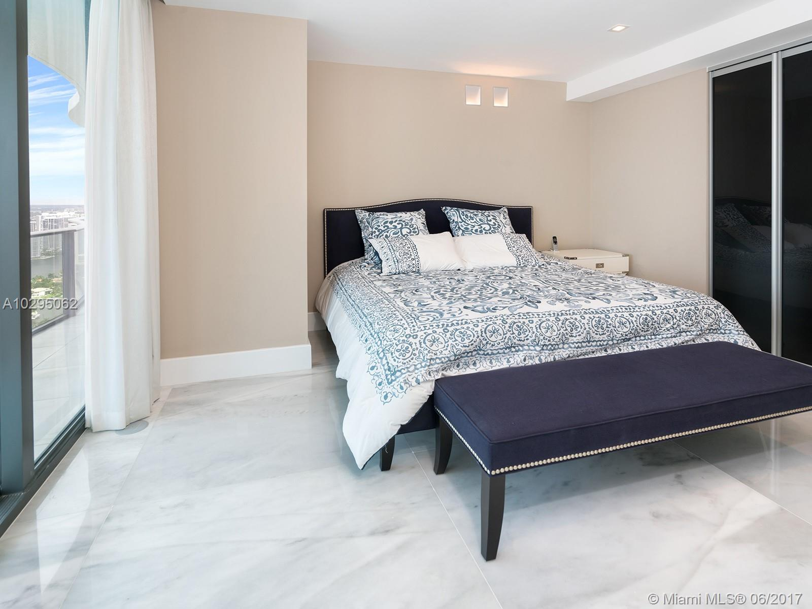 19575 Collins ave-42 sunny-isles-beach-fl-33160-a10295062-Pic25