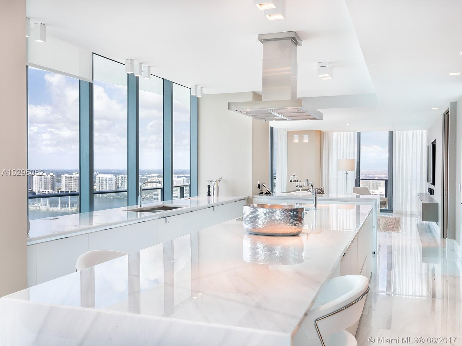 19575 Collins ave-42 sunny-isles-beach-fl-33160-a10295062-Pic07
