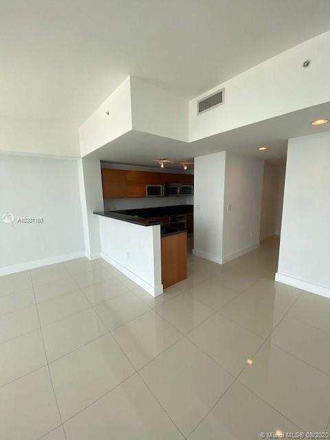 244 Biscayne Blvd #4507, Miami FL, 33132