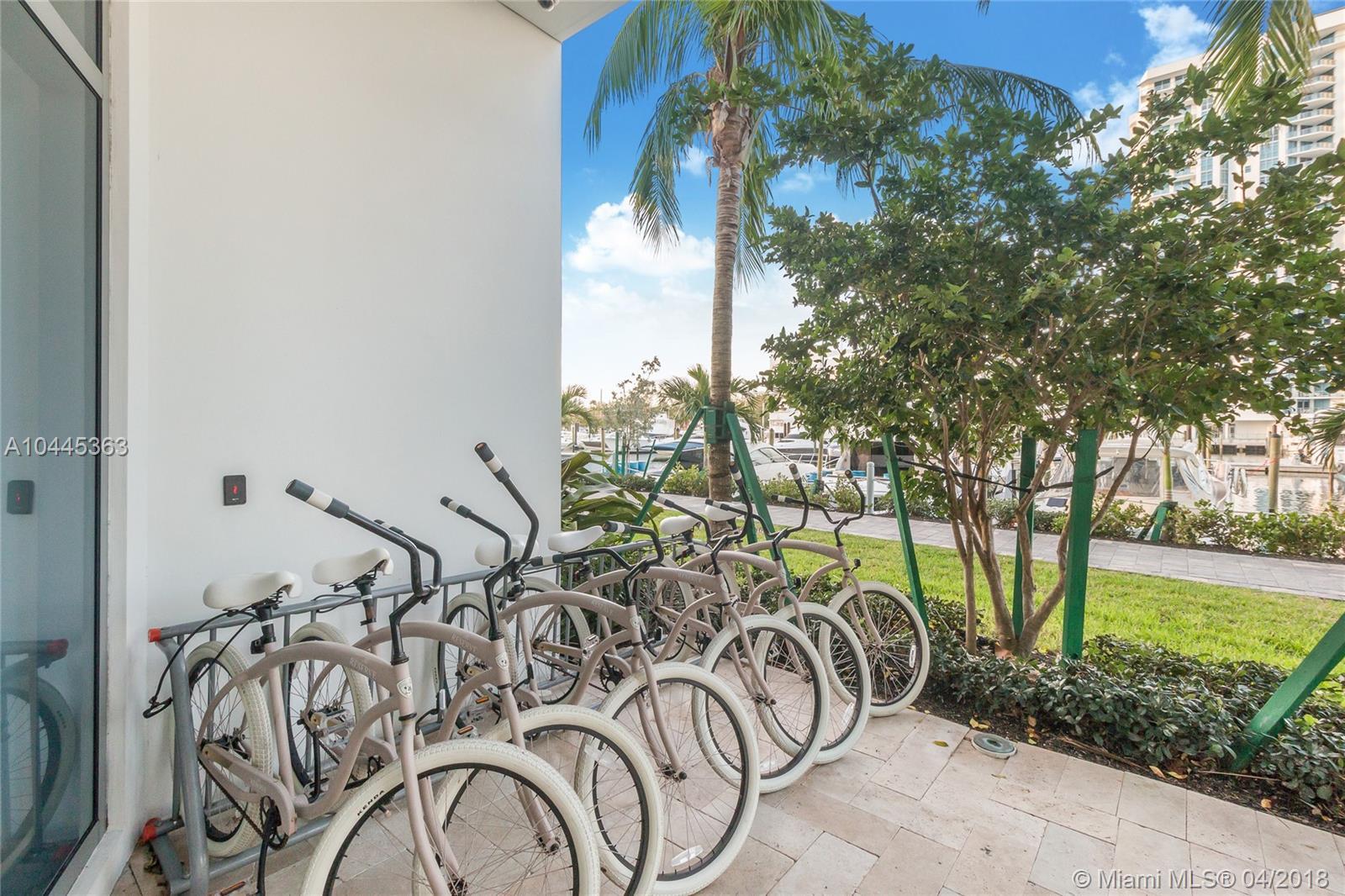 17301 Biscayne Blvd #1801, North Miami Beach FL, 33160