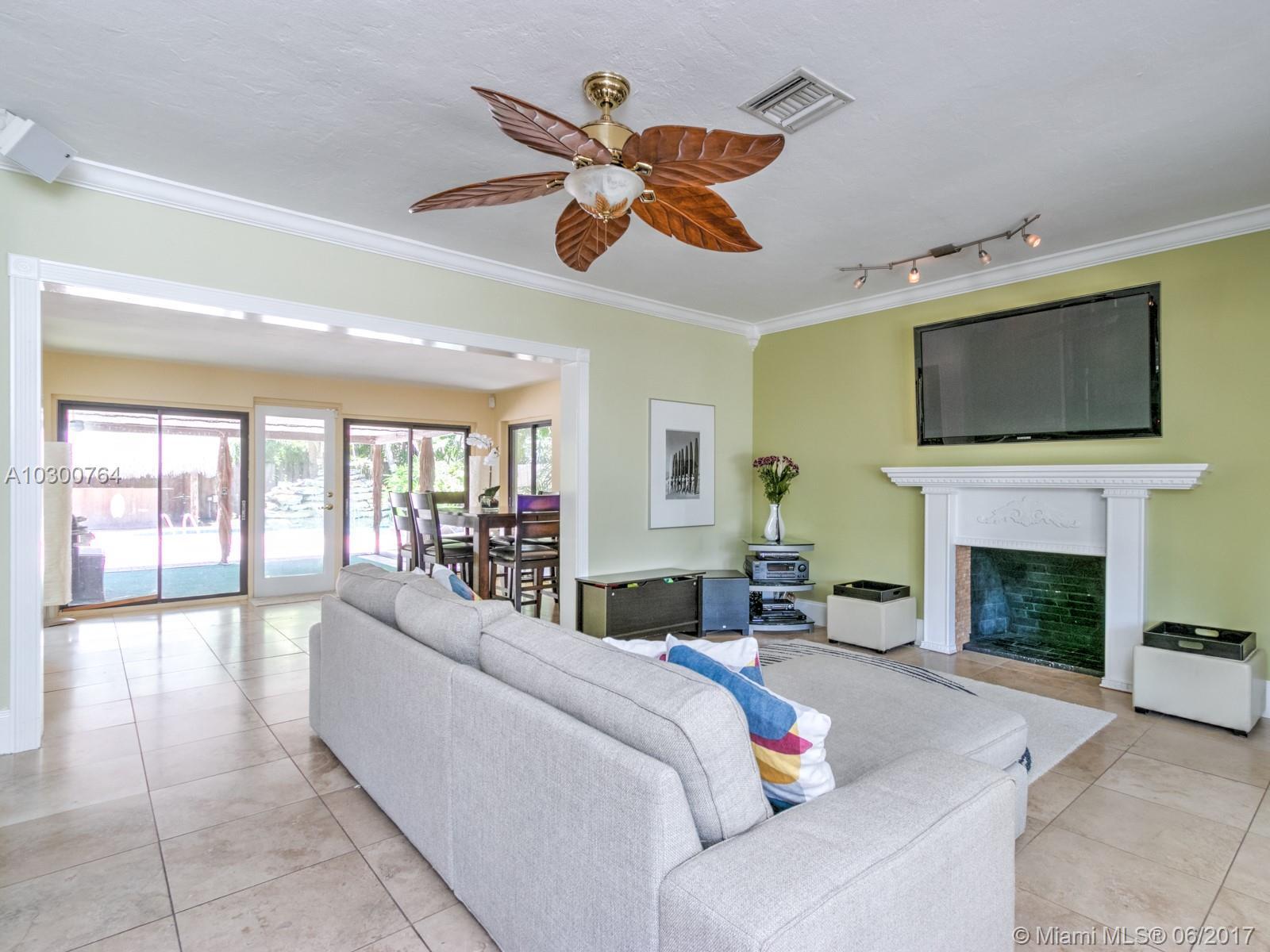 742 NE 17th Ter, Fort Lauderdale , FL 33304