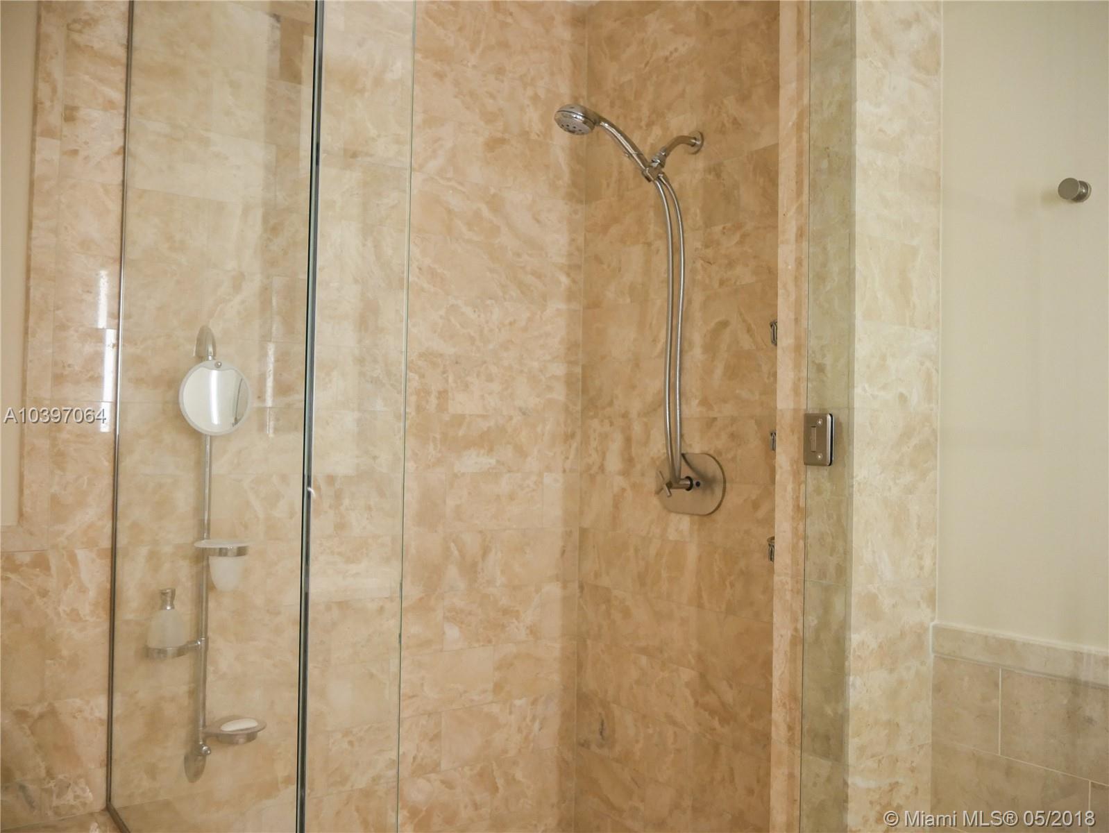 1425 Brickell ave-45E miami-fl-33131-a10397064-Pic47