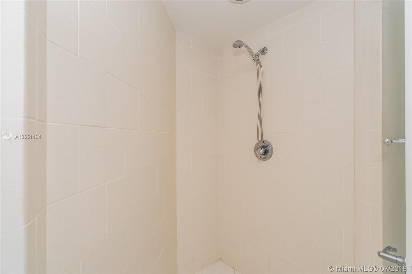 1881 79th st cswy-901 north-bay-village-fl-33141-a10651164-Pic24