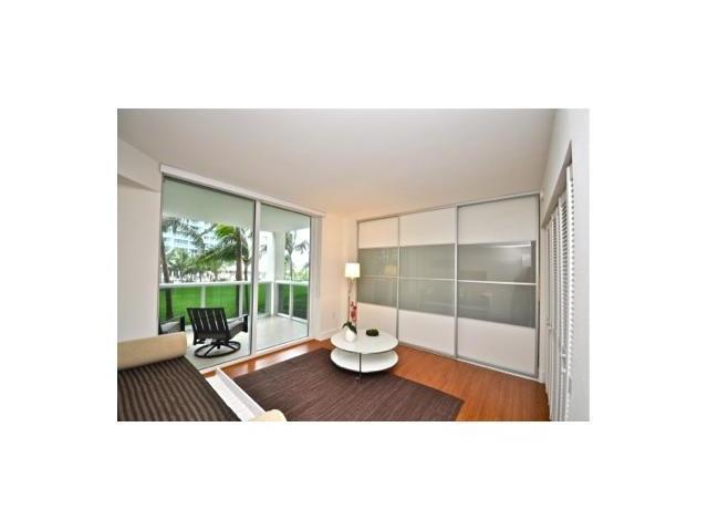 10275 COLLINS AV # 206, Bal Harbour , FL 33154
