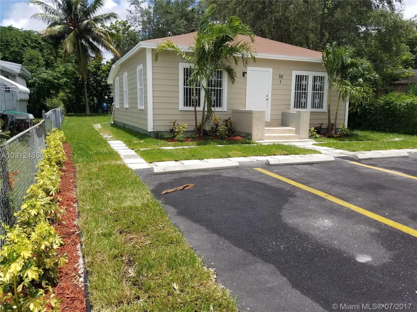 32 NE 169th St # 1-2-3, North Miami Beach, FL 33162