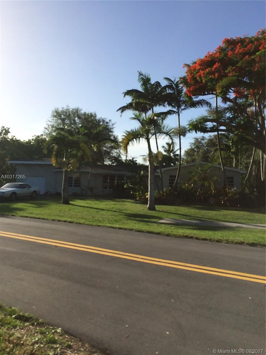 8205 SW 163rd St, Palmetto Bay , FL 33157