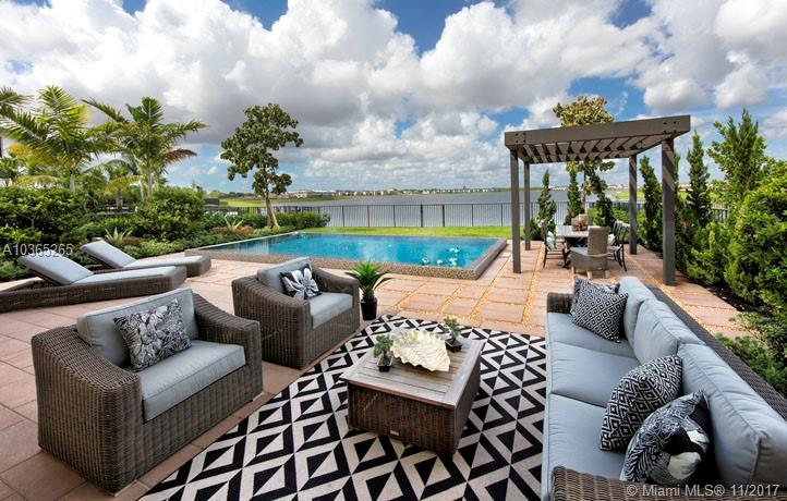 15463 Nw 88 Ct, Miami Lakes FL, 33018