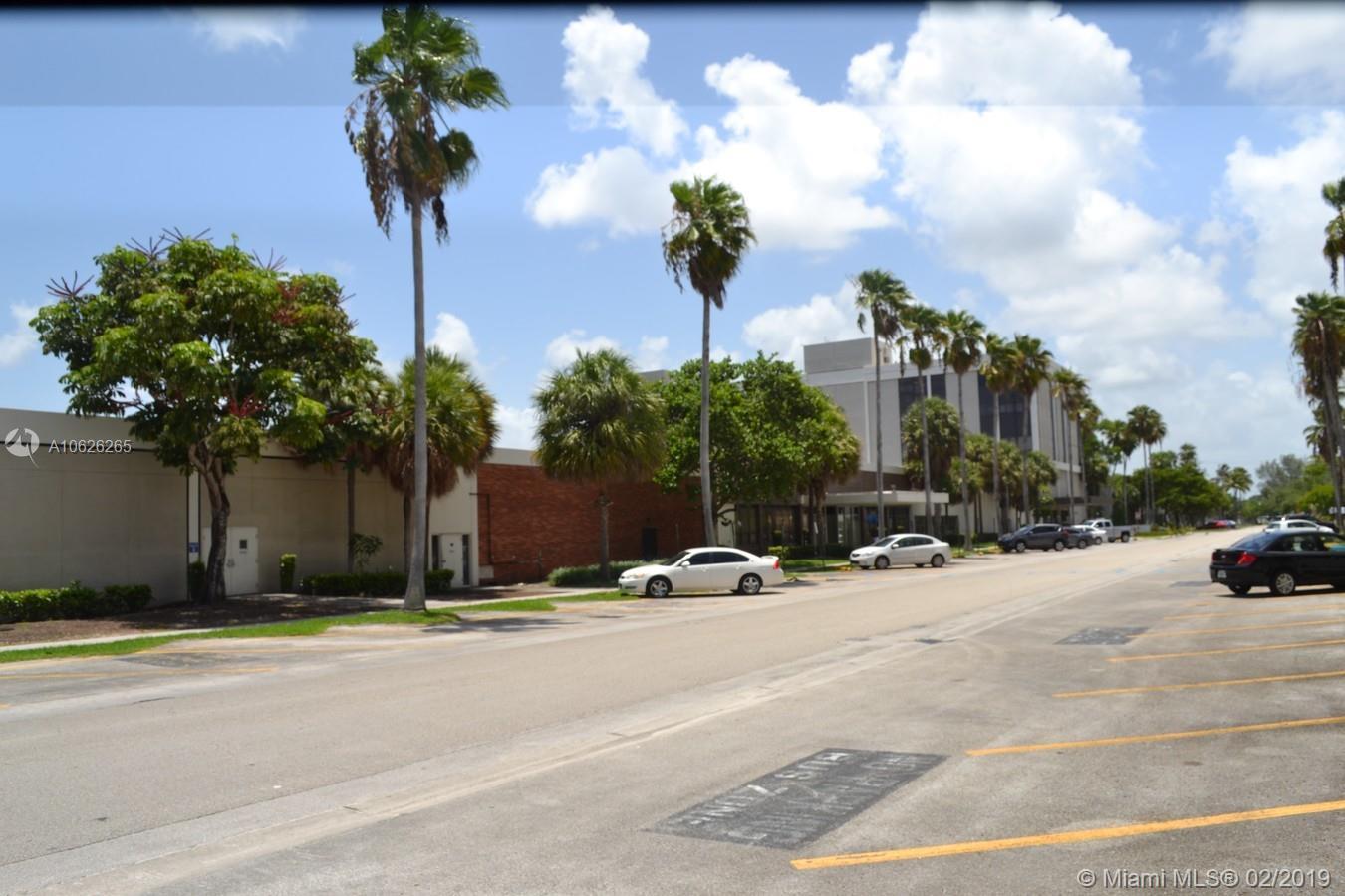 1745 Ne 167th St, North Miami Beach, FL 33162
