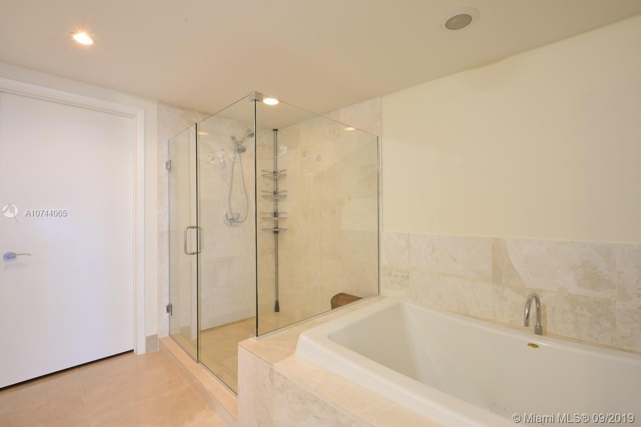 17001 Collins ave-3705 sunny-isles-beach-fl-33160-a10744065-Pic11