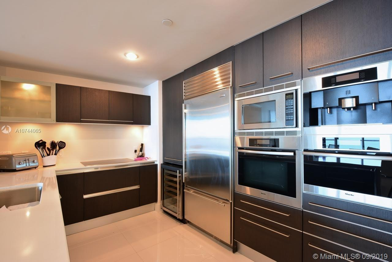 17001 Collins ave-3705 sunny-isles-beach-fl-33160-a10744065-Pic04