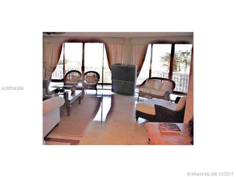 2000 Island Blvd # 606, Aventura , FL 33160