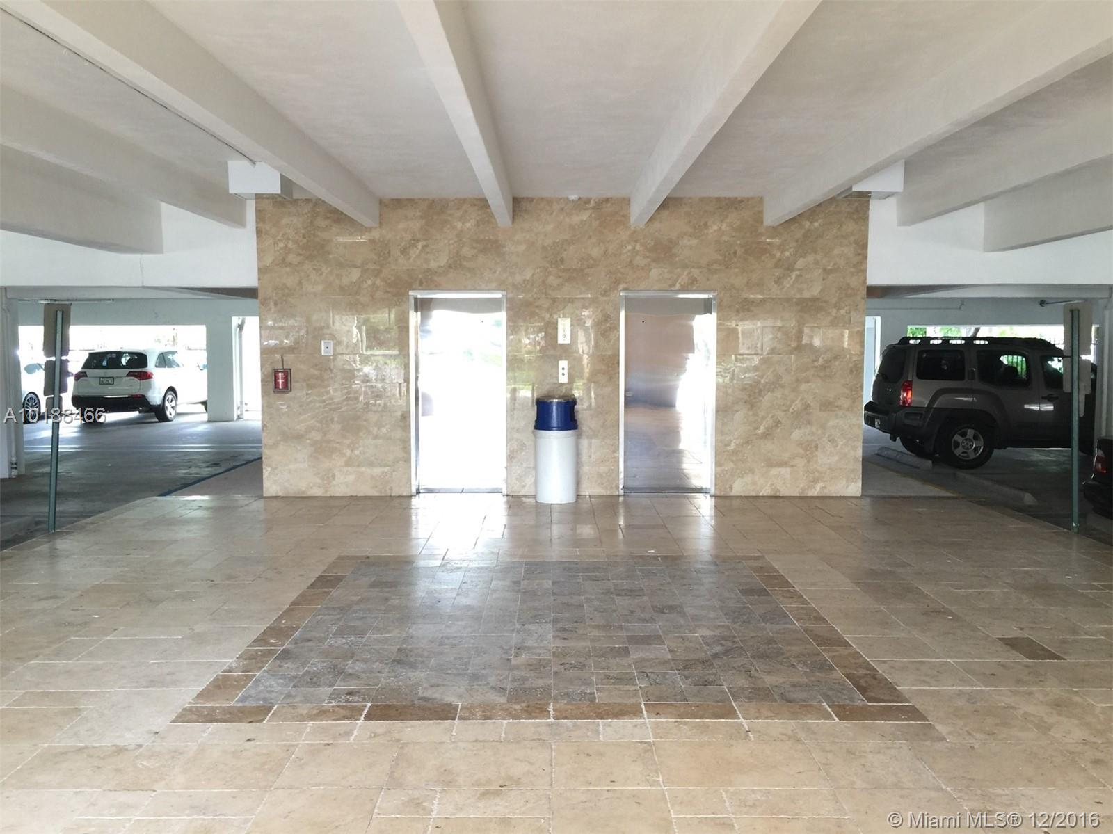 4101 NW 3rd Ct # 15, Plantation, FL 33317