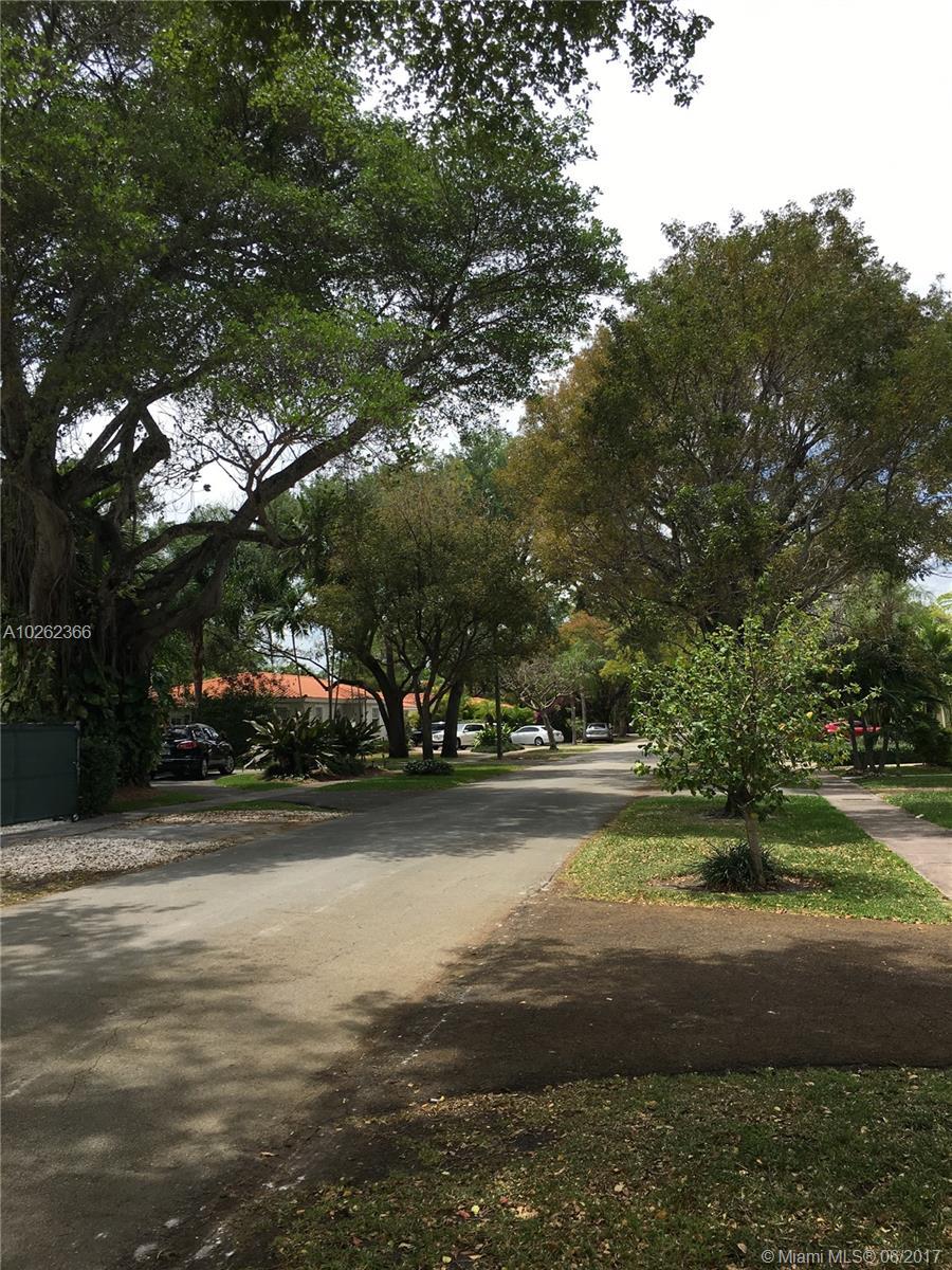 722 Navarre Ave, Coral Gables , FL 33134
