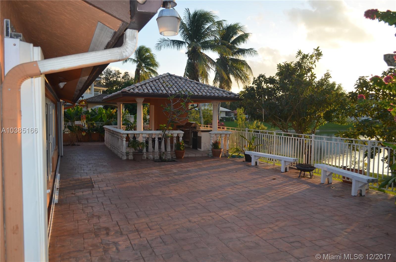 14352 Ardoch Pl, Miami Lakes FL, 33016