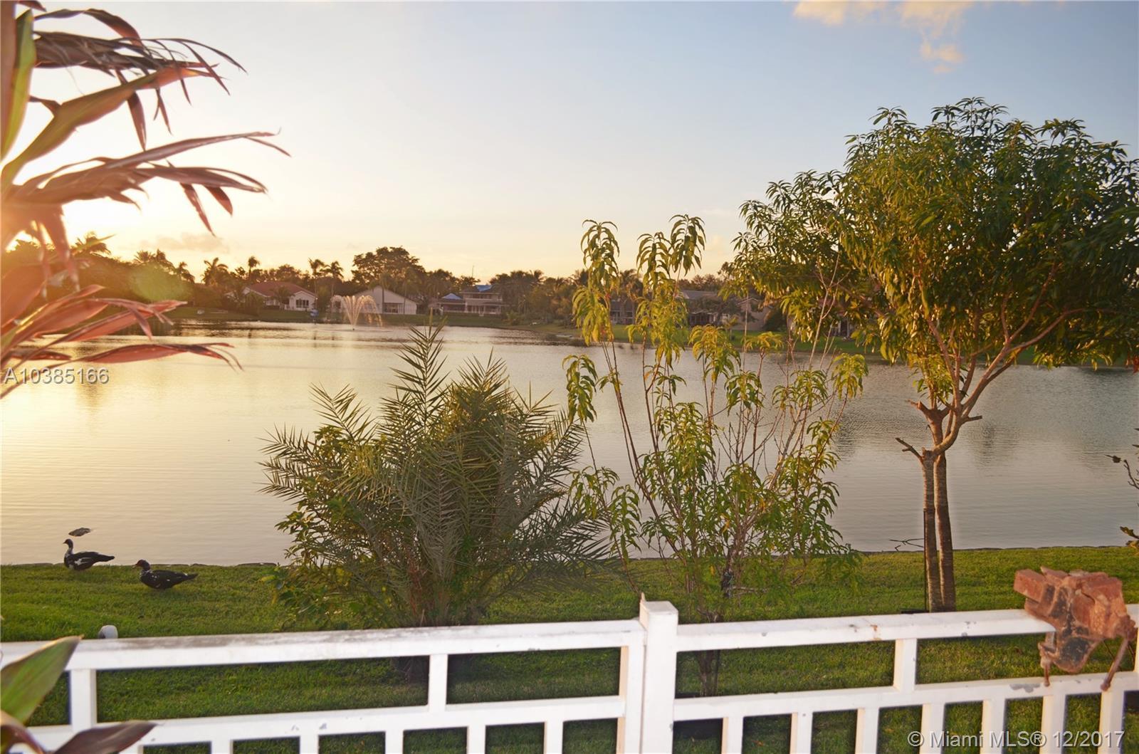 14352 Ardoch Pl, Miami Lakes , FL 33016