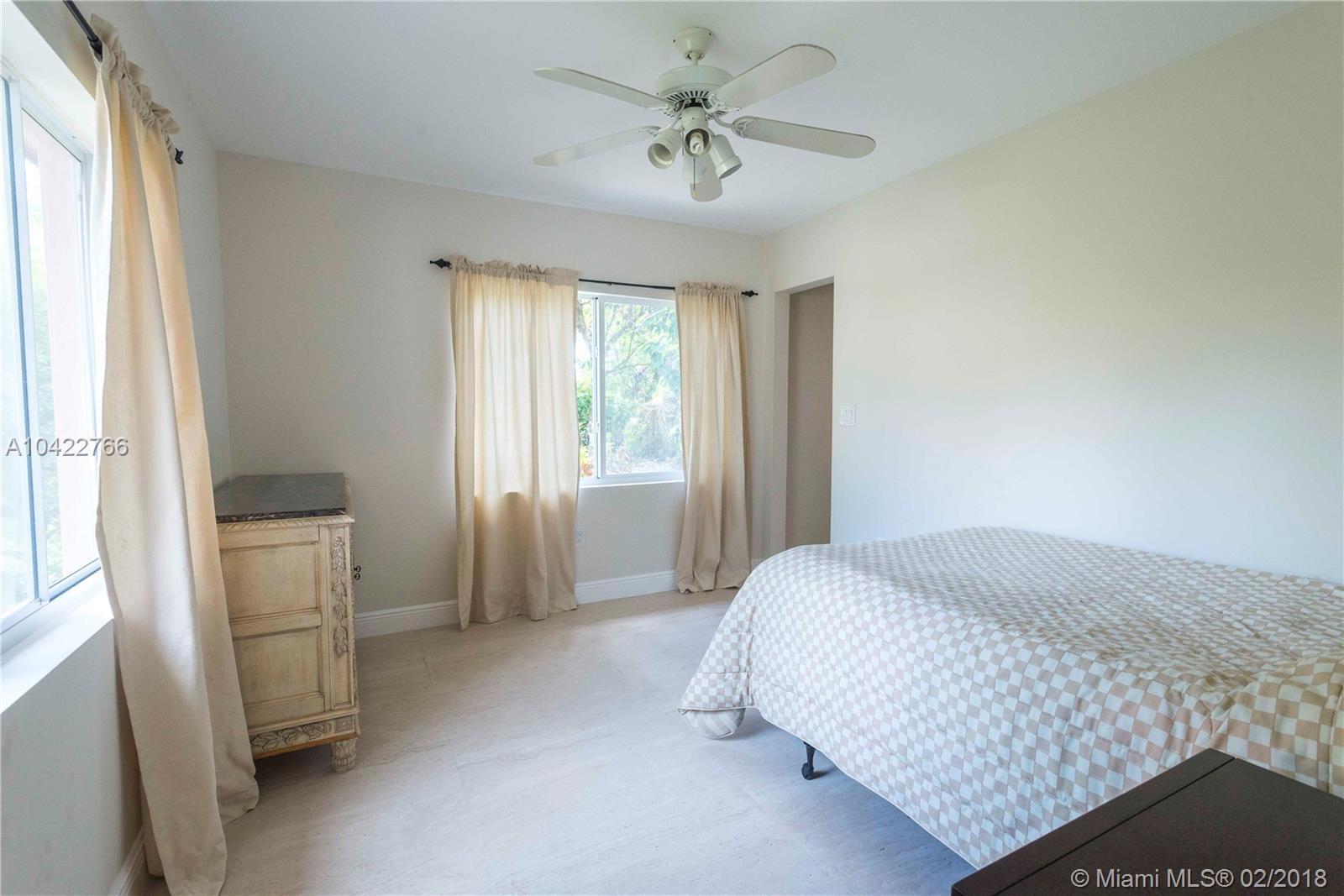 6810 Sw 62nd Ct, South Miami FL, 33143