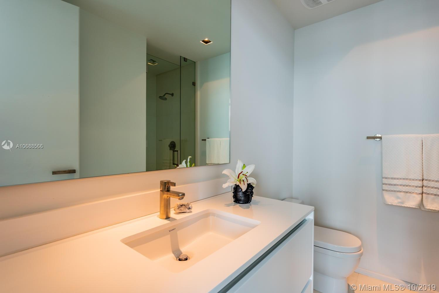 1331 Brickell bay dr-PH4707 miami-fl-33131-a10688566-Pic42
