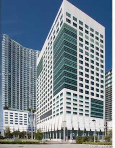 175 Sw 7th St, Miami FL, 33130