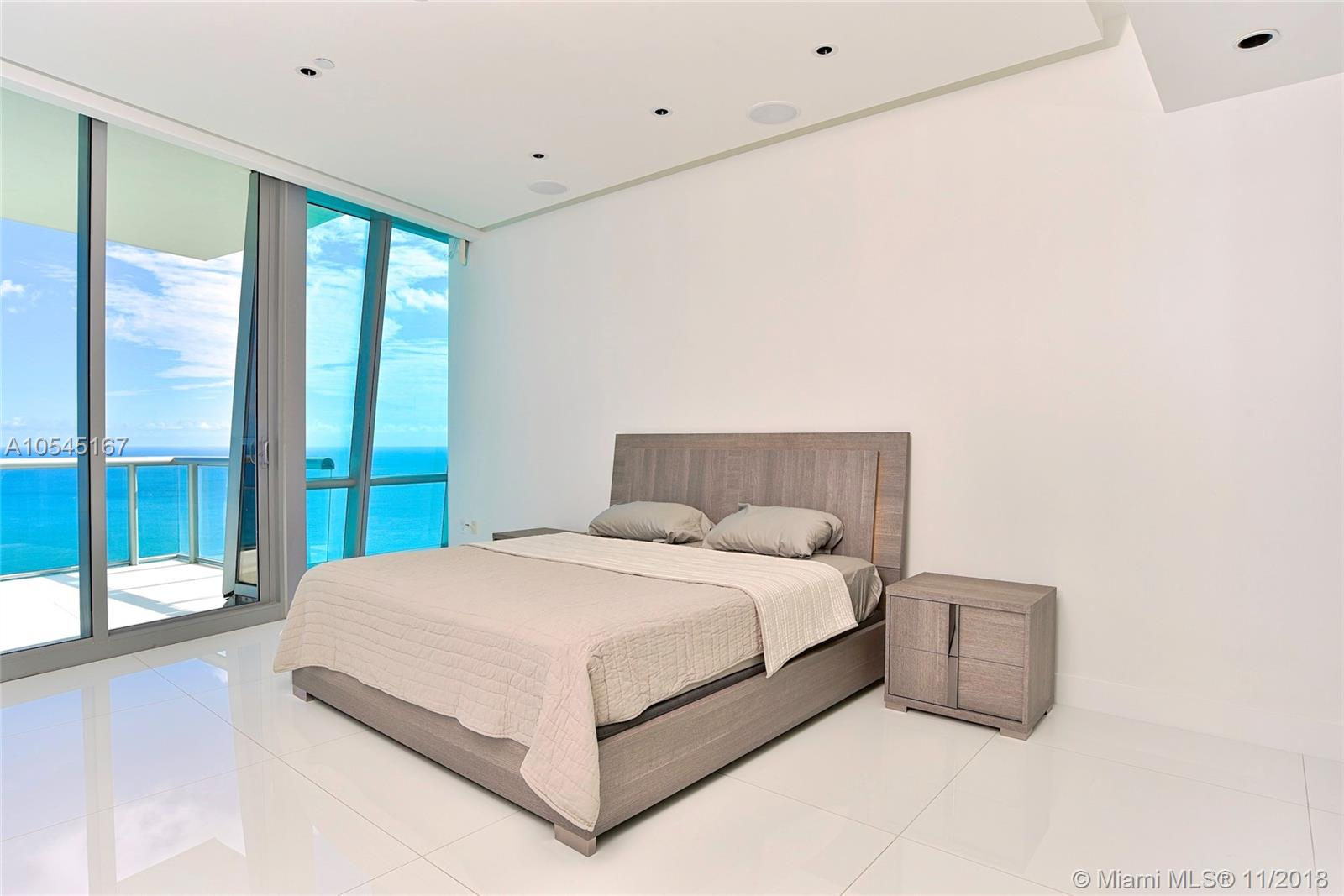 17121 Collins ave-4403 sunny-isles-beach-fl-33160-a10545167-Pic23