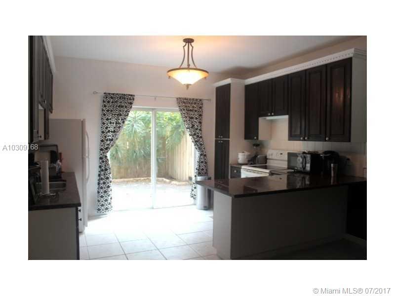 4802 Washington St # 3, Hollywood, FL 33021