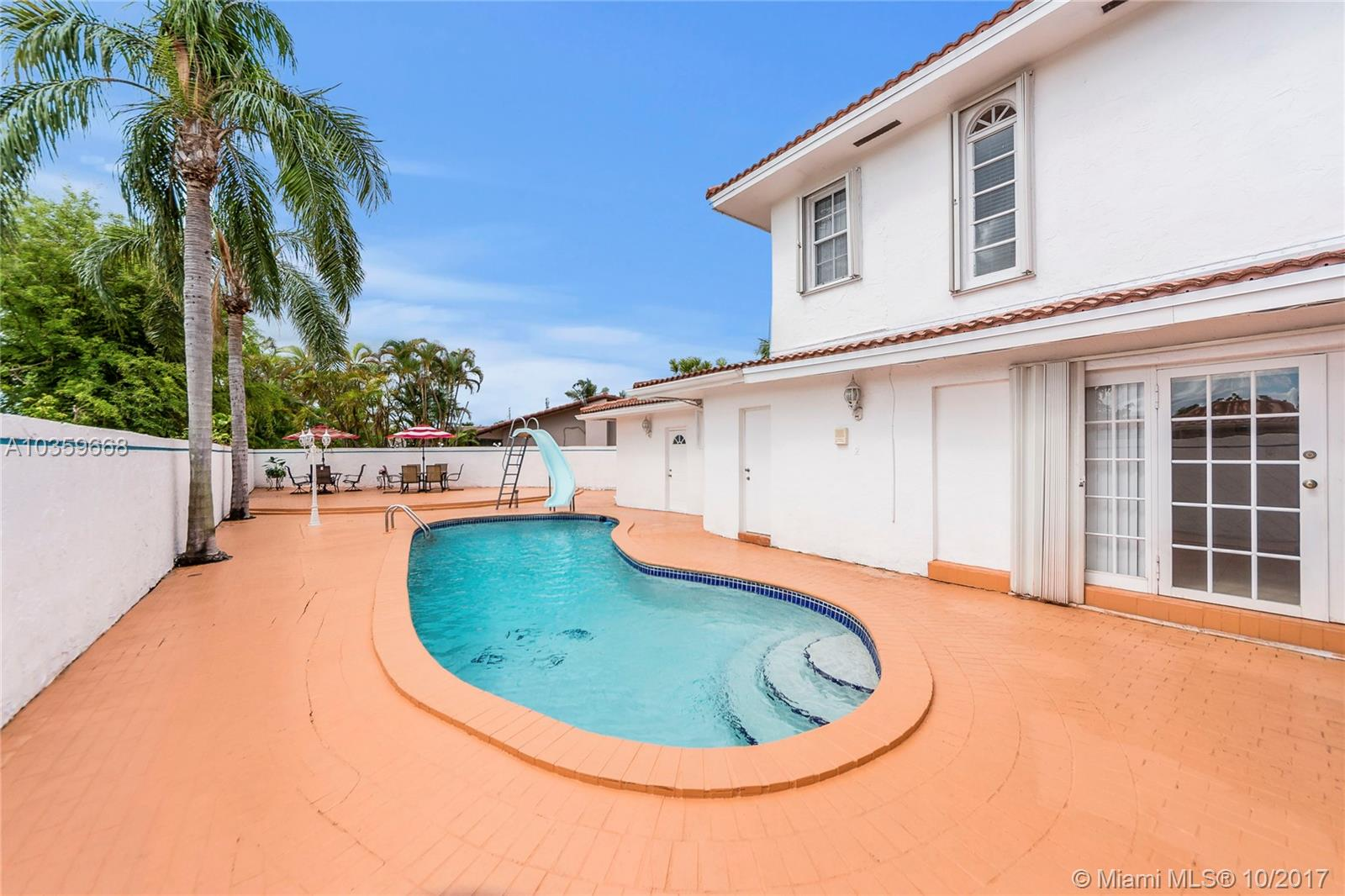 1640 SW 96 Ave, Miami , FL 33165