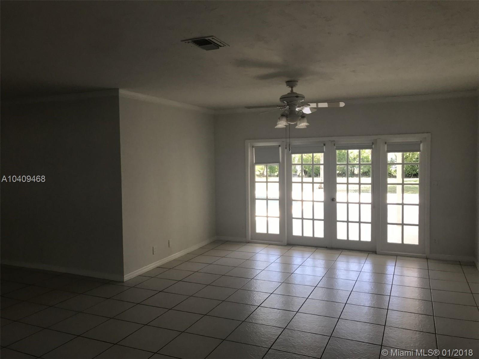 13745 Sw 74th Ave, Palmetto Bay FL, 33158