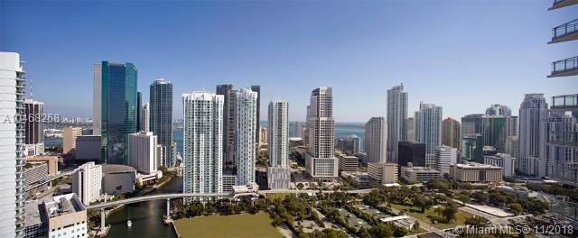 92 Sw 3rd St #1704, Miami FL, 33130