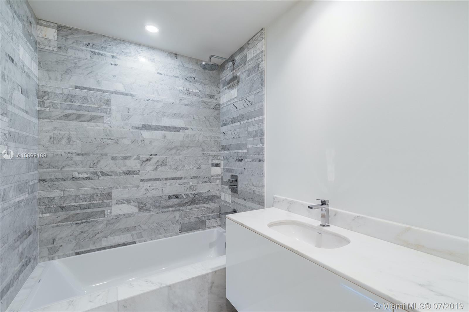 10201 Collins ave-2501 bal-harbour-fl-33154-a10699168-Pic18