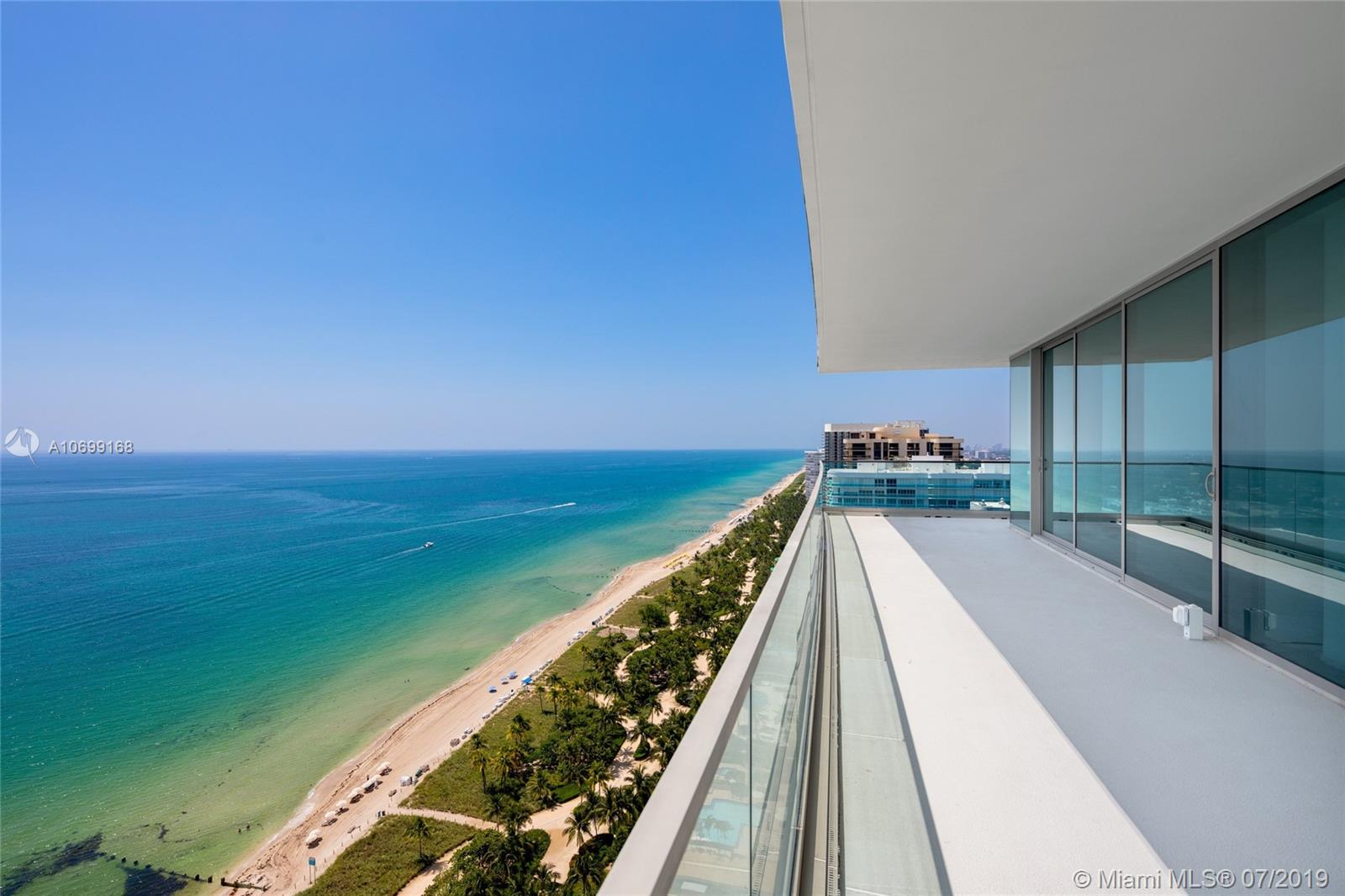 10201 Collins ave-2501 bal-harbour-fl-33154-a10699168-Pic02