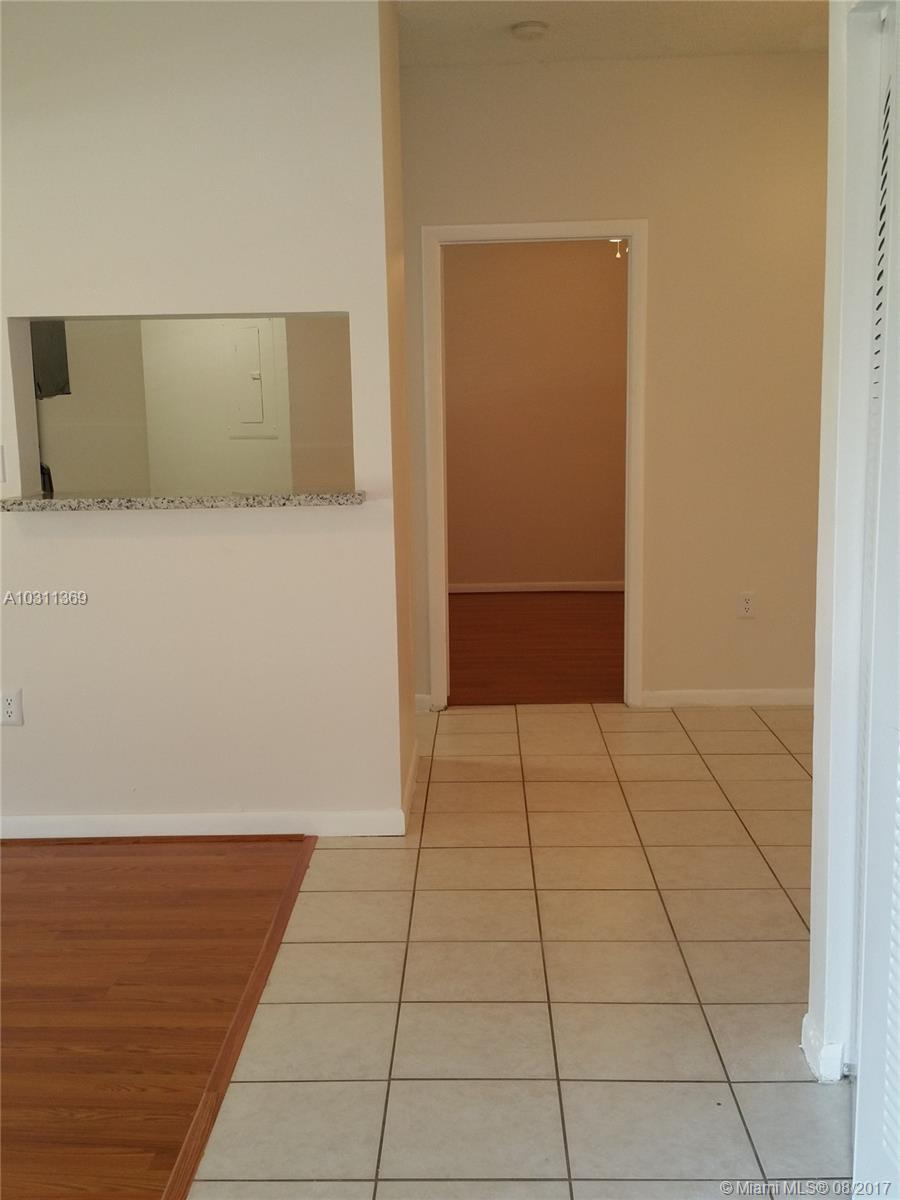 2421 NW 96 TE # 20K, Pembroke Pines, FL 33024