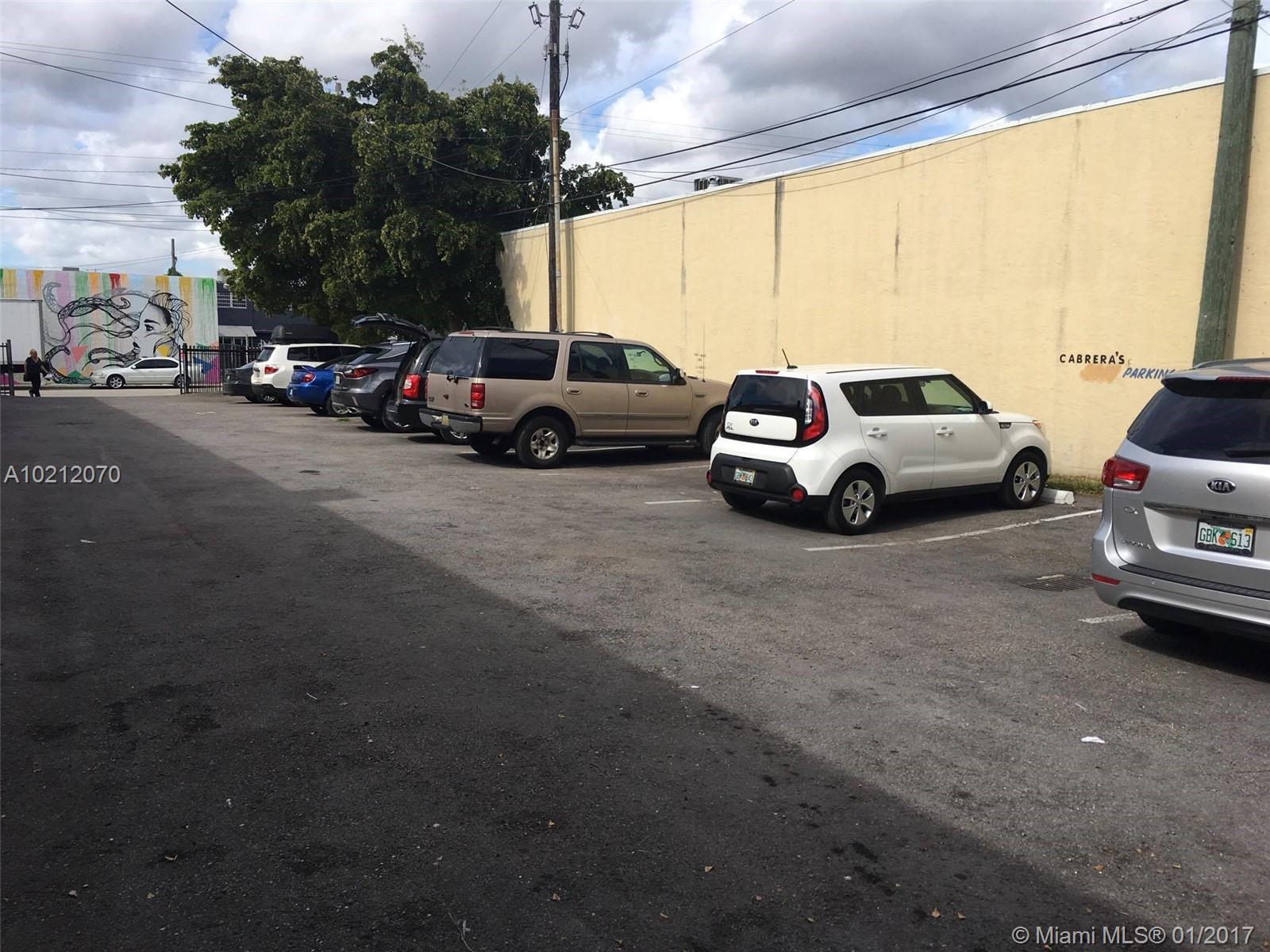 2235 NW 20th St, Miami, FL 33142