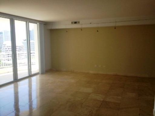 848 Brickell Key Dr #1803, Miami FL, 33131