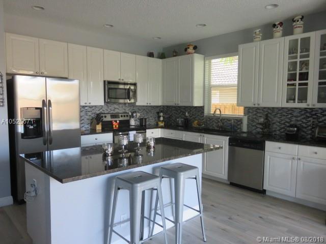 1157 Nw 133rd Ave, Pembroke Pines FL, 33028