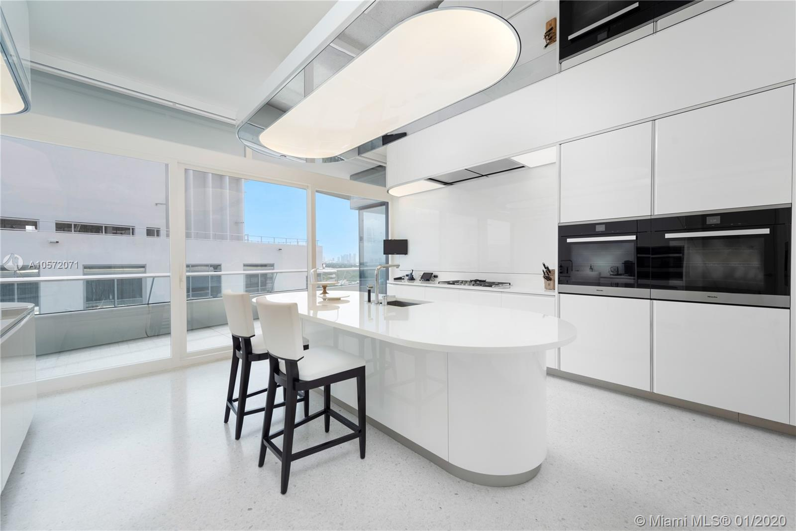 3315 Collins ave-14B miami-beach-fl-33140-a10572071-Pic13