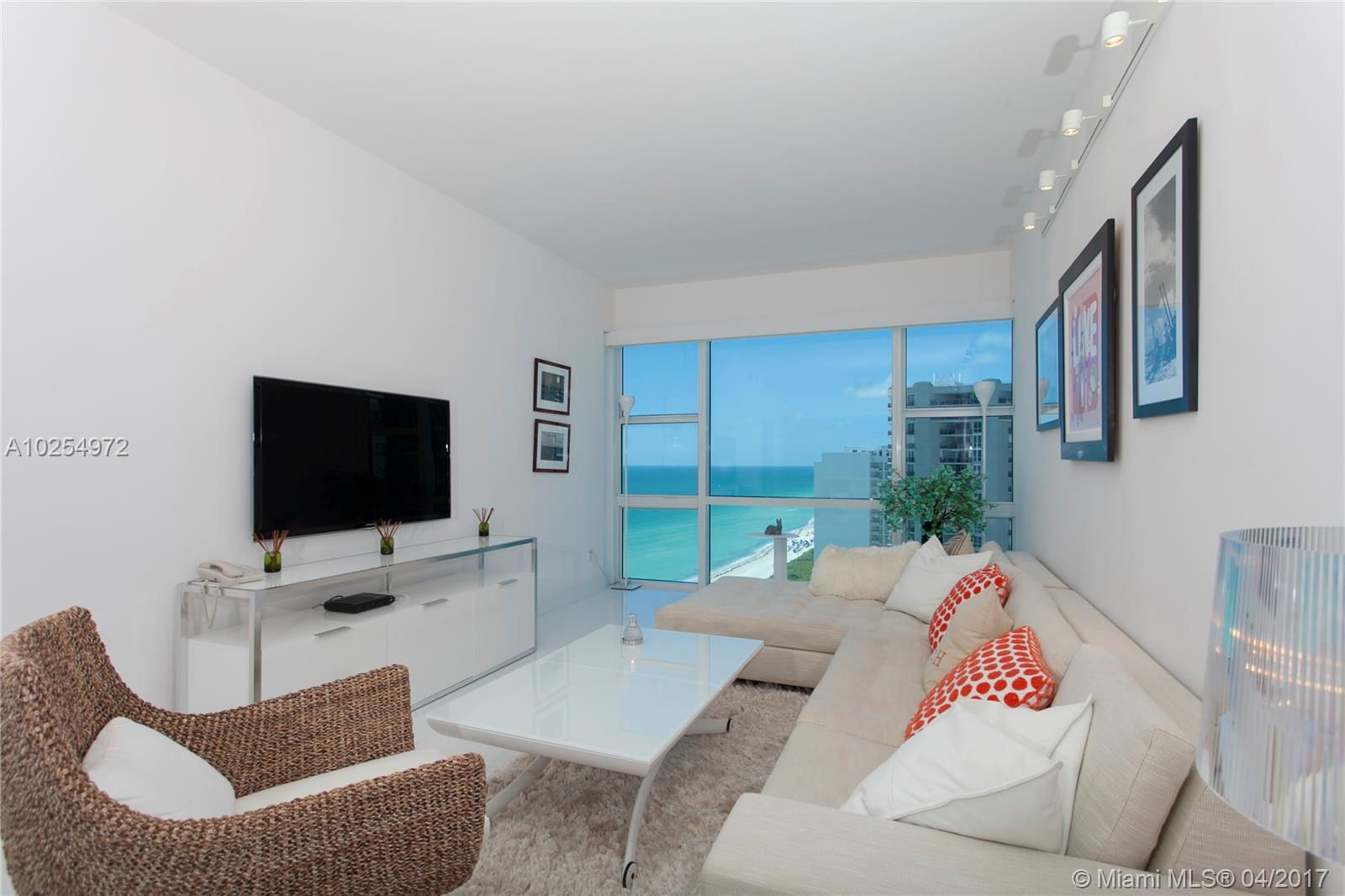 6801 Collins Ave #PH07, Miami Beach FL, 33141