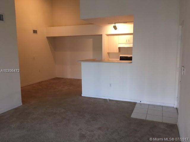 711 SW 111th Way # 304, Pembroke Pines, FL 33025