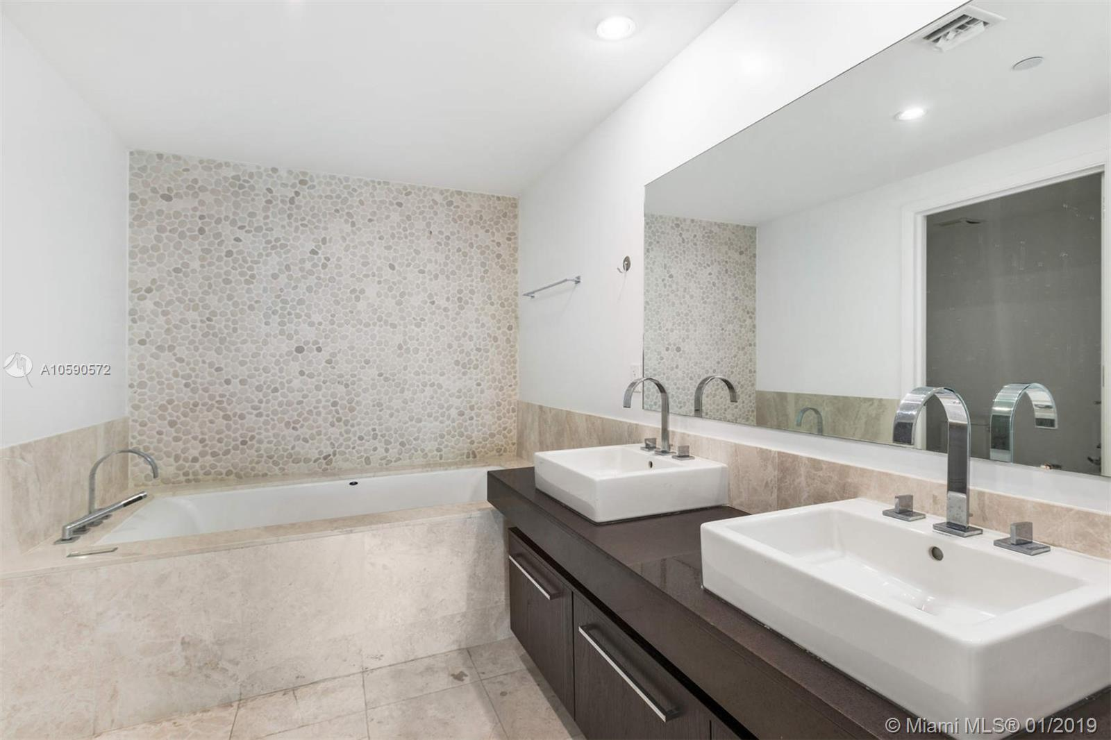 17121 Collins ave-4204 sunny-isles-beach-fl-33160-a10590572-Pic10