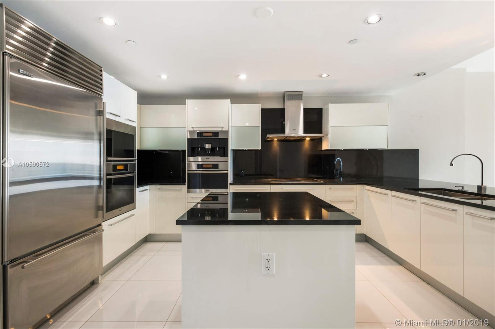 17121 Collins ave-4204 sunny-isles-beach-fl-33160-a10590572-Pic05